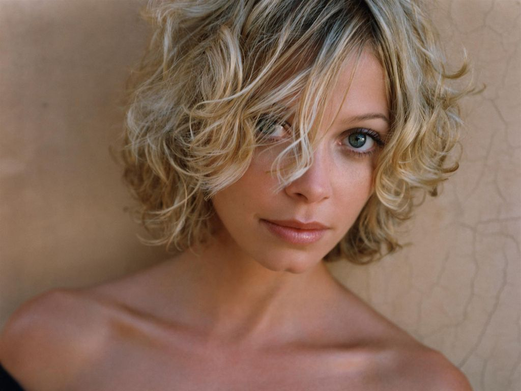 nude photos of amanda detmer
