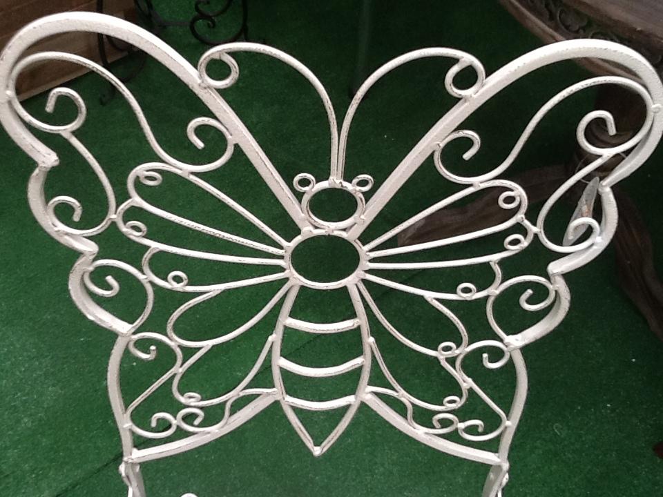 Muideco tu blog de ideas y consejos de decoracion - Mecedoras modernas ...