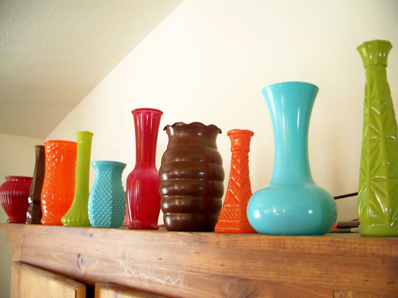 Hazel and company thrifty thursday bright funky spray painted ive been wanting to add more color to my house and this was the ticket and best of all it was so cheap i snapped up these vases for a dollar each floridaeventfo Images