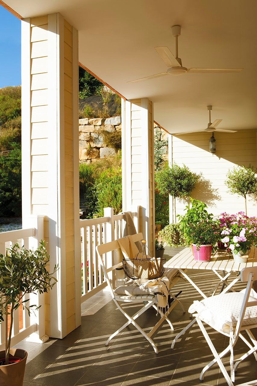 10 porches y o terrazas con maravillosas vistas for Adornos para porches