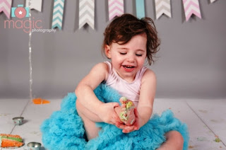 Gambar Bayi Perempuan Merayakan Ulang Tahun Ke 2