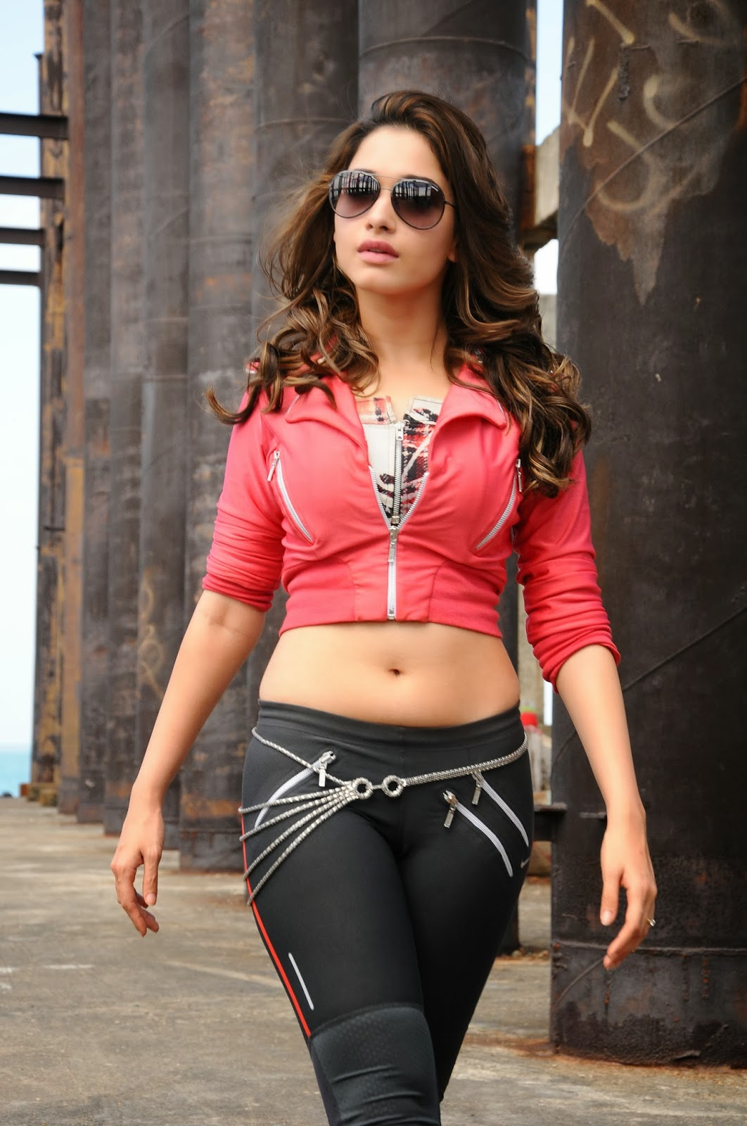 bollywood&tollywood bikini girls ss@: tamanna latest hot wallpapers