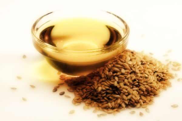 olio ai semi di lino, protezione dei capelli, capelli lucidi
