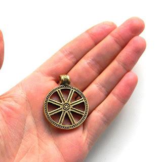купить украшение из бронзы оберег колесо сварога