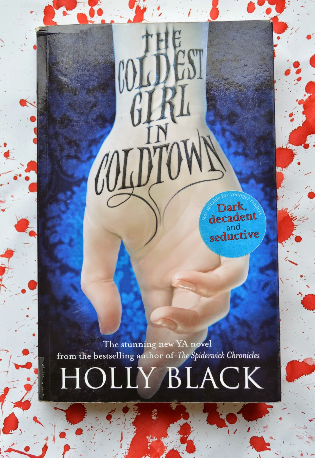 novel, Holly Black, The Coldest Girl in Coldtown, vampire, YA Fiction, review, book, American literature, if you like Twilight,
