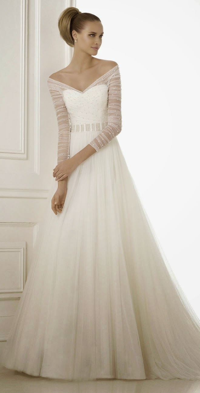 Watch Wedding Dresses Essense of Australia Fall 2015 video