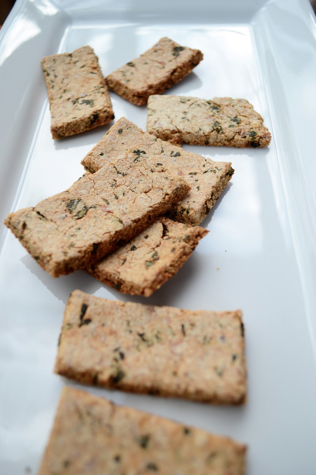 vegan cheezy kale crackers for healthy snacks, grain and gluten free