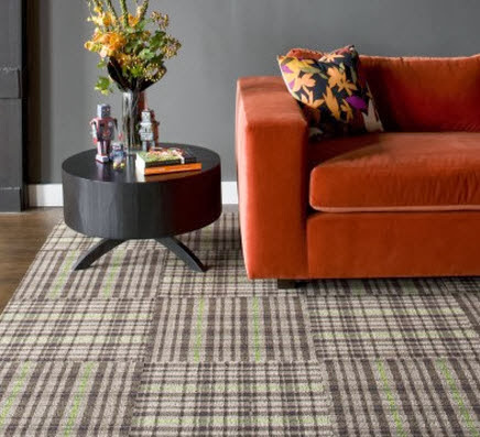 plaid-rug-floor-tiles