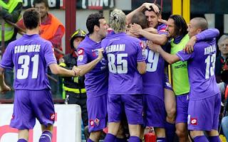 أهداف مباراة فيورنتينا وميلان 2-1 بتعليق علي محمد علي 7-4-2012