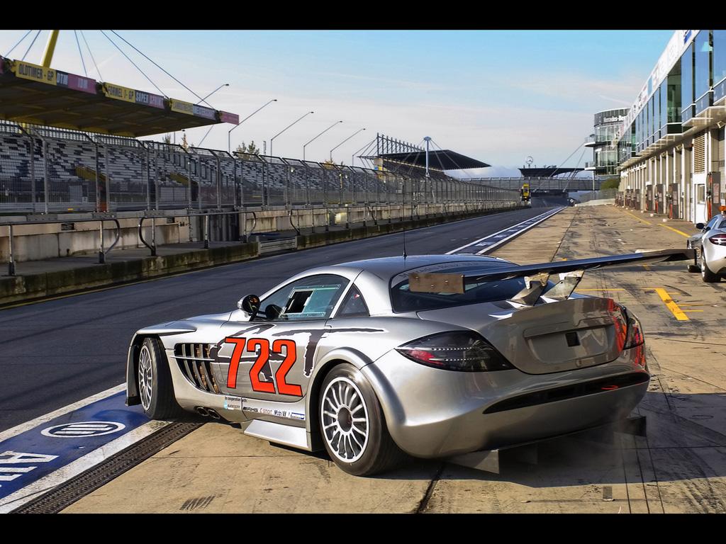 http://1.bp.blogspot.com/-_yCoEYzTxeQ/ThtBom_B6tI/AAAAAAAAEkY/BtOzJbLxdLQ/s1600/2008-Mercedes-Benz-McLaren-SLR-722-GT-Rear-And-Side.jpg