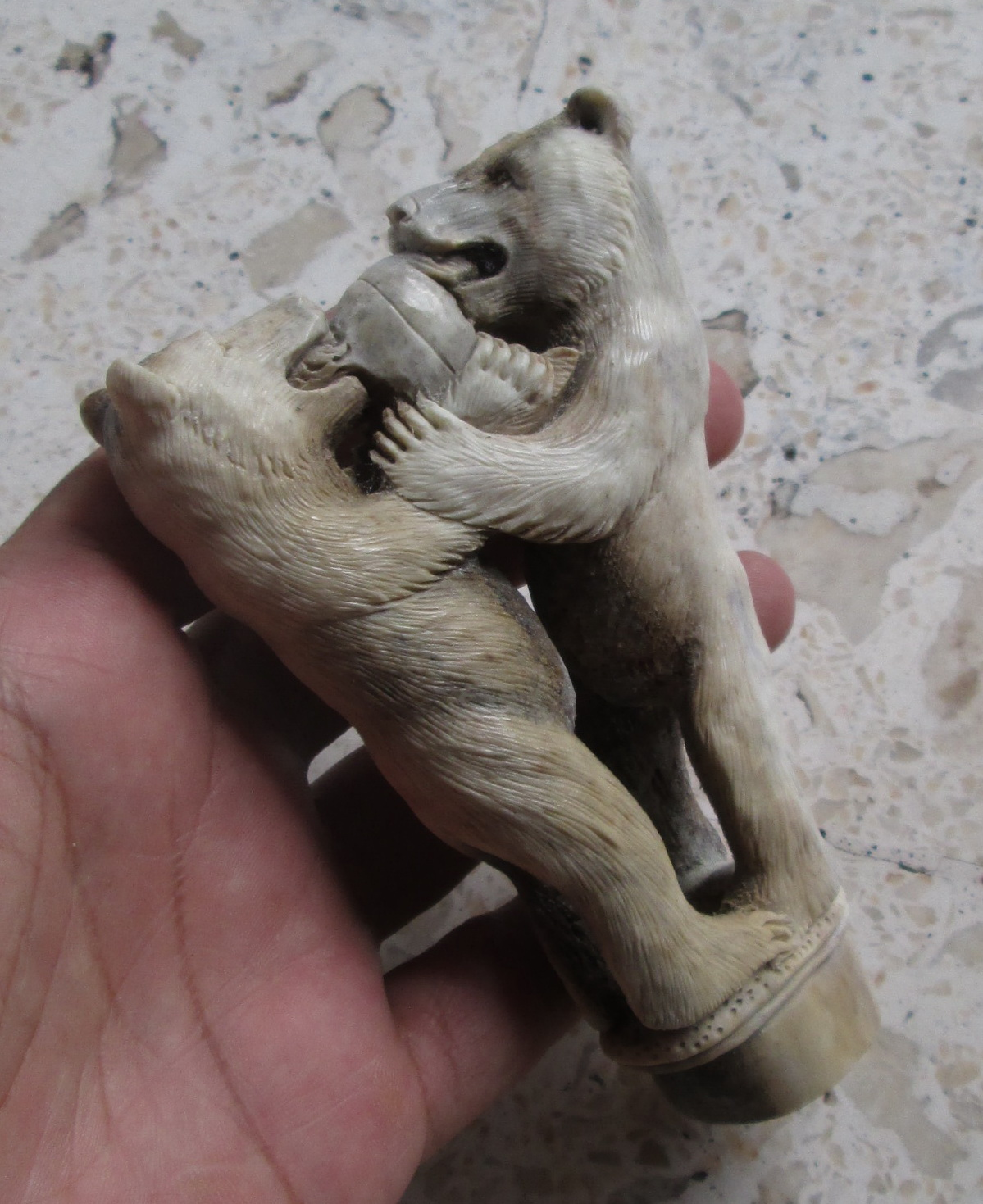 Salmon Fighting Bear Handle Carving