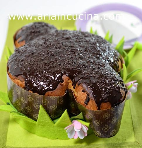 Blog di cucina di Aria: Colomba glassata al cioccolato con lievito madre