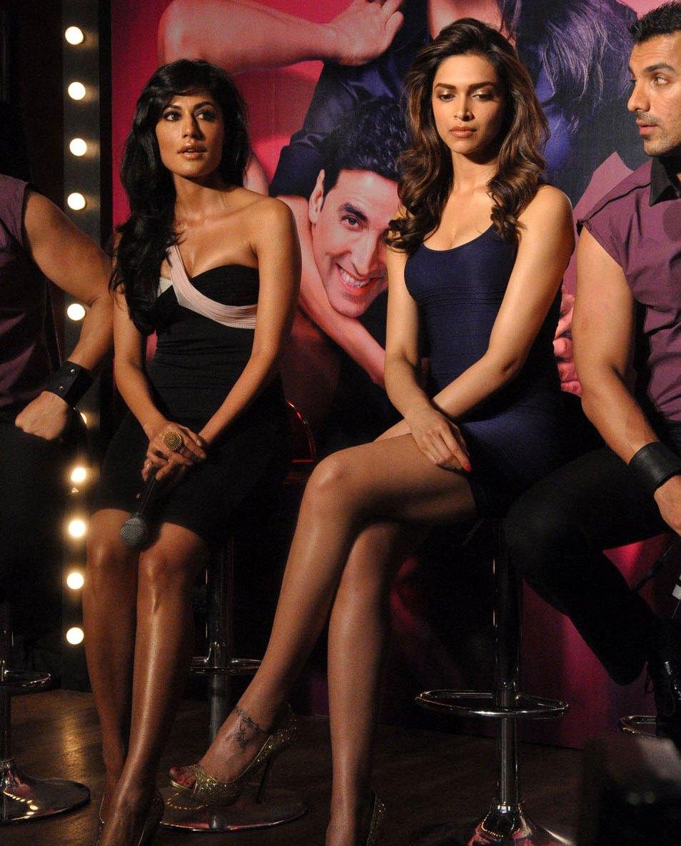 Deepika Padukone Beautiful Glossy Legs On Desi Boys