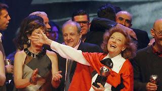 Julia Gutiérrez Caba recibe el Max de Honor