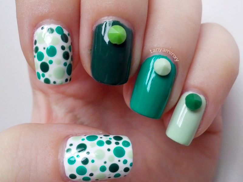 Green Ombre Diamonds Studs Dots Nails Nail Art Nail Design Born Pretty Store