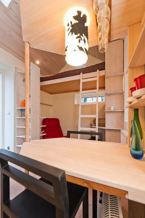 03-Internal-View-2-Lund-Swedish-Micro-House-12m²-www-designstack-co