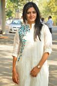 pavani gangireddy glam pics-thumbnail-7