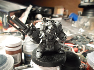 I converted the Dark Vengence Terminator to be an Ultramarine