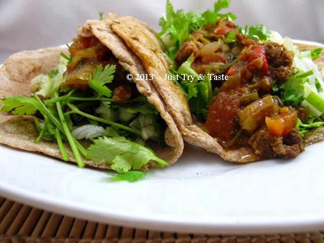 Obsesi Roti 32: Roti Gulung Isi Daging Cincang, Sayuran dan Saus Salsa