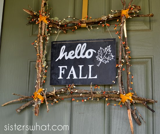 http://www.sisterswhat.com/2014/09/hello-fall-sign-and-wreath.htm
