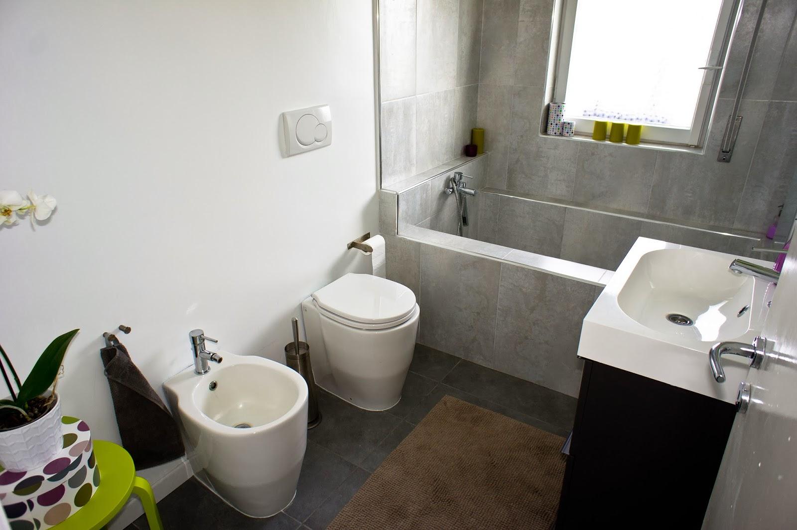 Ea ristruttura appartamento ristrutturato da noi bagno - Smalto per pareti bagno ...