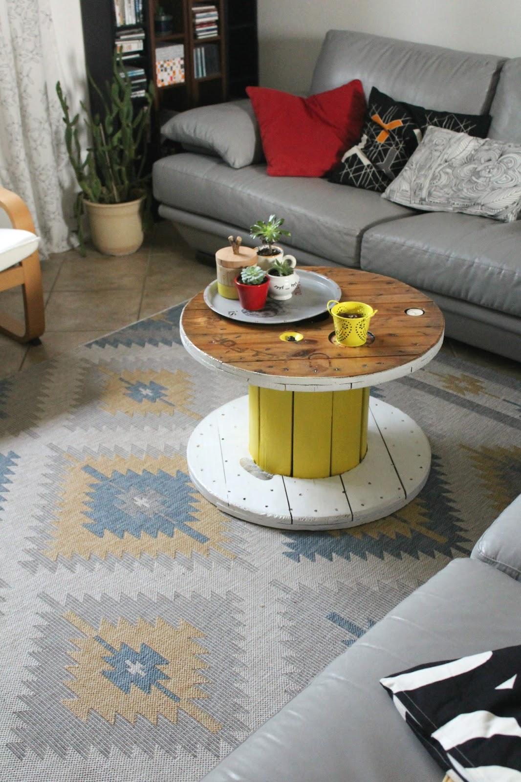 vivere a piedi nudi living barefoot tappeto kilim sei mio. Black Bedroom Furniture Sets. Home Design Ideas