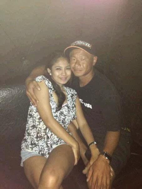 Merita, Cewek Seksi Matre Maen Sama Bandot Tua (Hot)