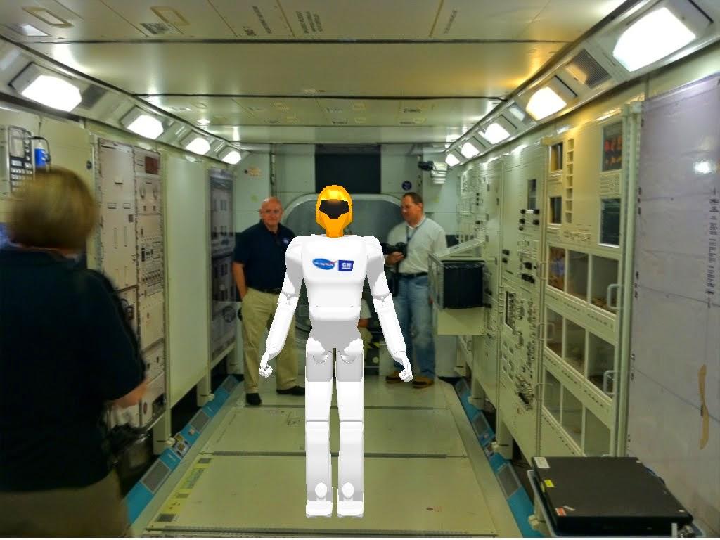 """Le """"Robonaute"""" de la NASA - Page 5 Robonaut%2Bwith%2Blegs%2Bconcept"""