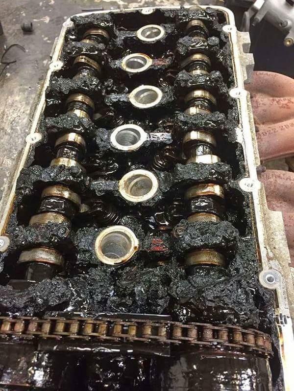 Motor Audi TT destruido por no cambiarle el aceite