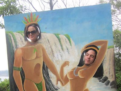 Naipi e Tarobá Marco das Três Fronteiras City Tour Loumar Turismo Foz do Iguaçu