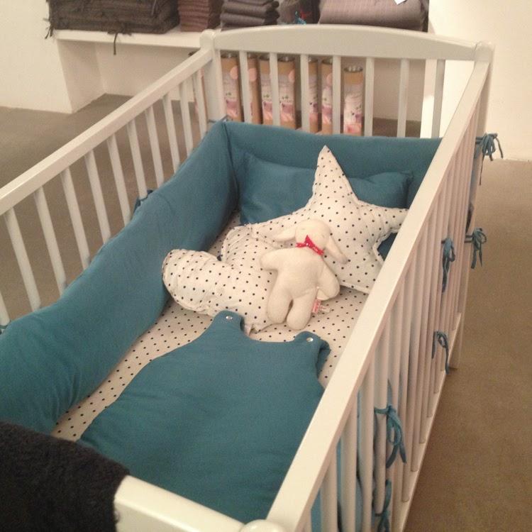 la girafe dans le placard lits bonton pour une chambre que l 39 on aime. Black Bedroom Furniture Sets. Home Design Ideas