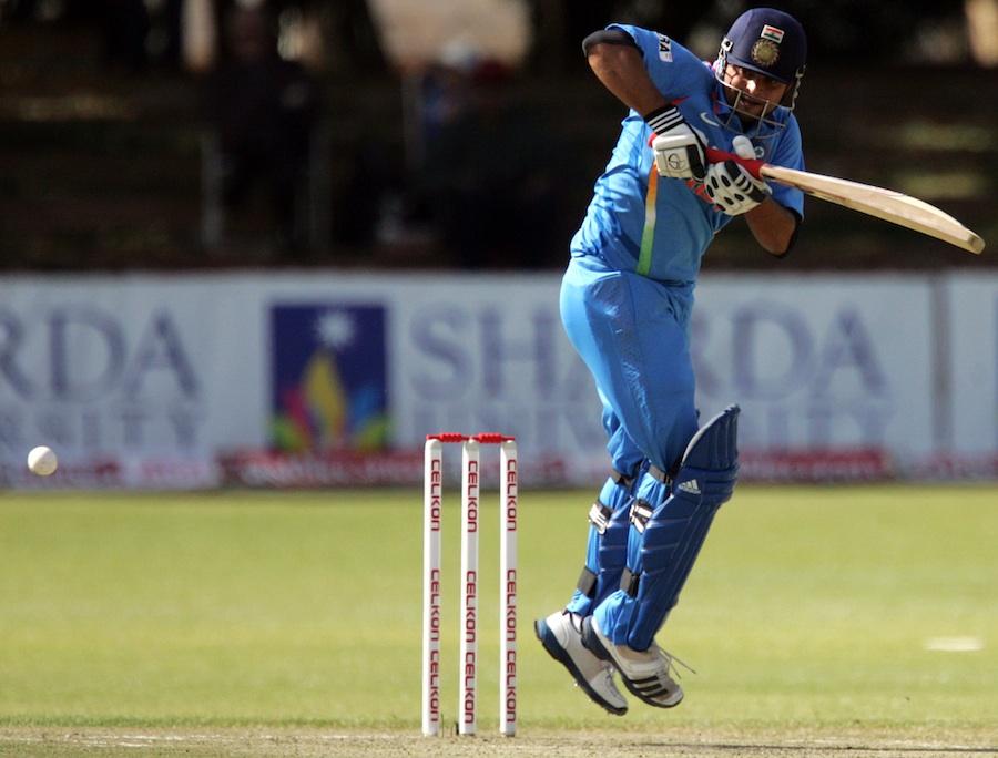 Suresh-Raina-65Runs-Zimbabwe-vs-India-4th-ODI