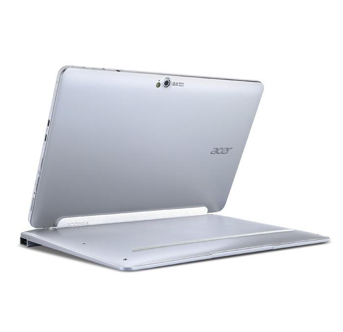 Iconia W510 PC Tablet tampak belakang