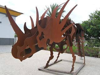 dinossauro dictatorius.