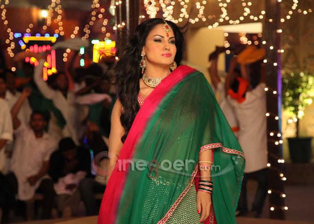 Veena+Malik+Jatts+in+Golmaal+item+song+(3)