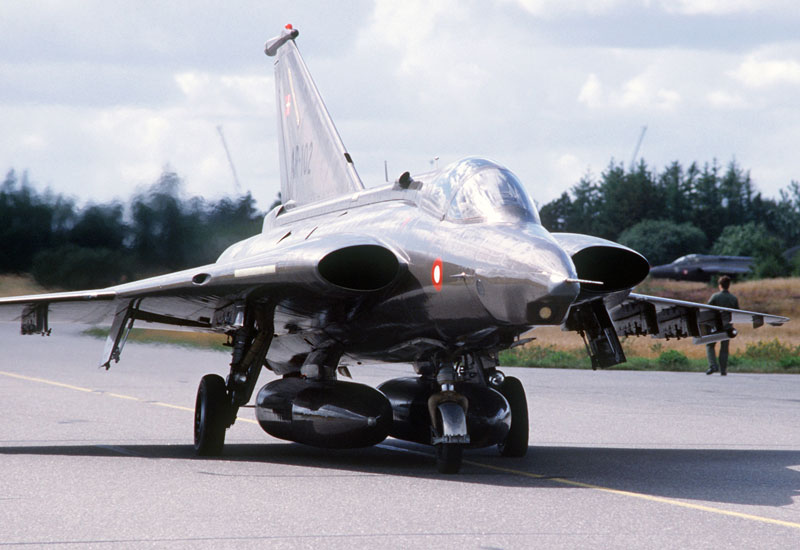 Saab J35 Draken Interceptor Fighter
