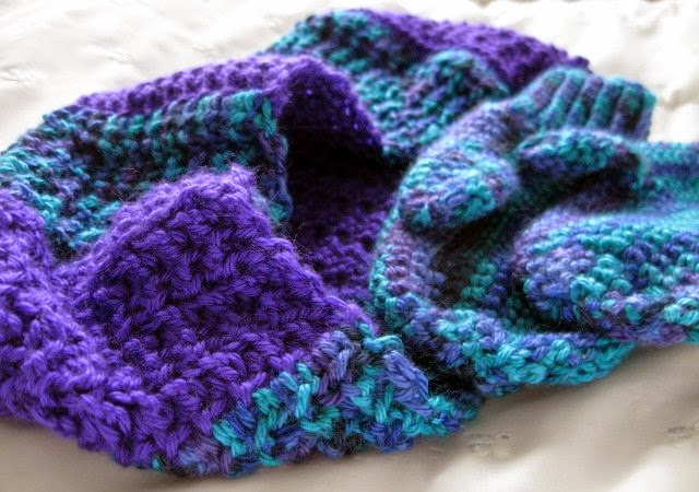https://www.etsy.com/listing/207309061/crochet-mittens-and-scarf-set-soft-child?ref=shop_home_active_1