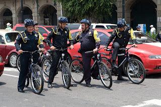 Policiamento de bicicleta é mais humano