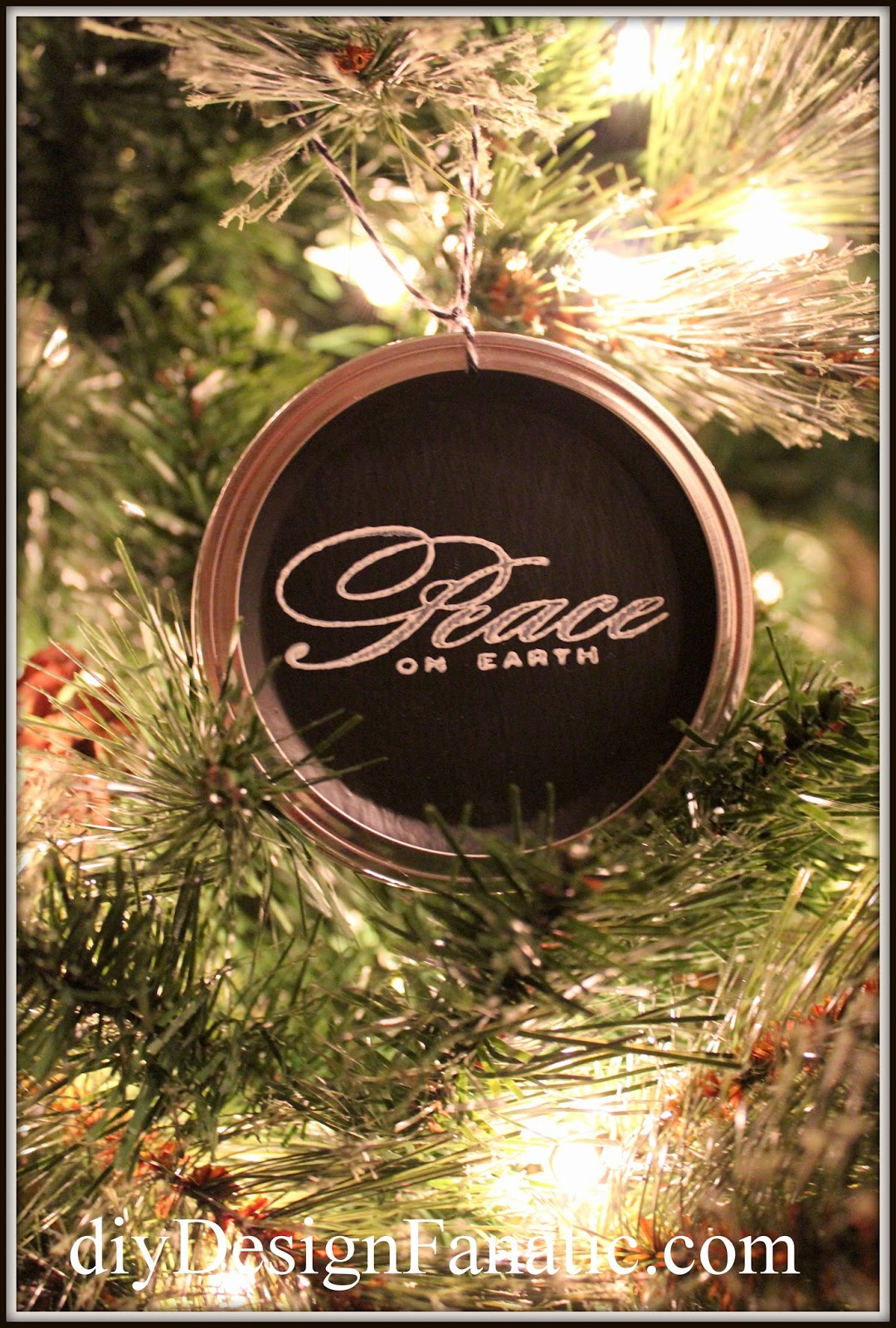 Mason jar ornaments - Last Year I Spied A Cute Christmas Ornament Made From Mason Jar Lids Over At City Farmhouse And Have Been Wanting To Try It Ever Since
