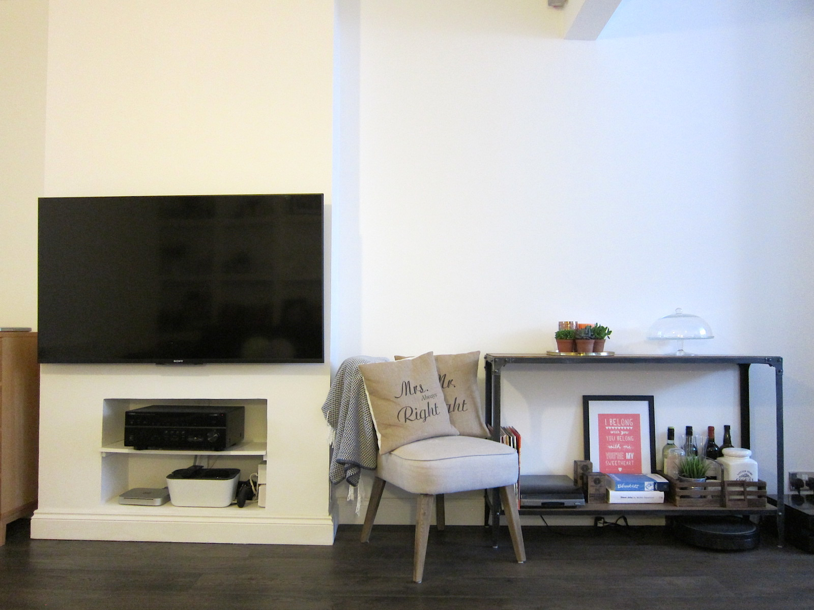 Living Room Decor - Before & After / LUCY LOVES TO EAT