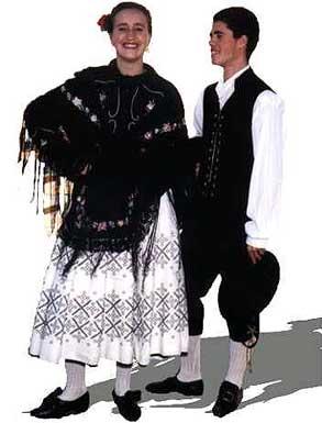 Siendo la \u0026quot;Jota\u0026quot; un baile muy popular en las provincias españolas de Aragón y Valencia, quedó muy poco de ella al convertirse en un ritmo criollo de sabor
