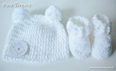 gorritos y escarpines tejidos al crochet bebés