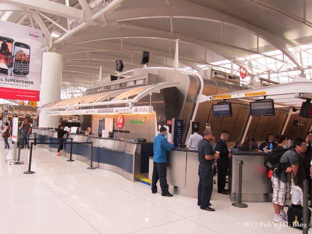 JAL ticketing counter at New York JFK
