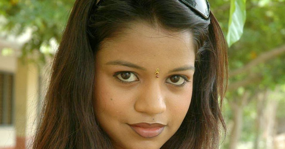 Watch free movies live tv channels south indian hot girls nice hd photos 2014 download - Indian nice girl wallpaper ...