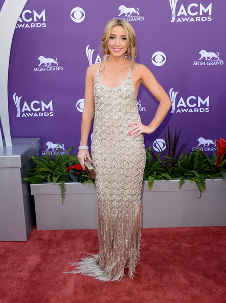 Ashley Monroe Dazzled in Fred Leighton at the 2013 Academy of Country Music Awards