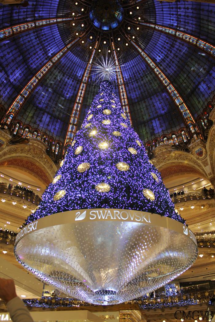 diana dazzling, fashion blogger, fashion blog,  cmgvb, como me gusta vivir bien, dazzling, luxury, Christmas, Paris, navidad, Noel, Layafette, Christmas tree, Swarovski