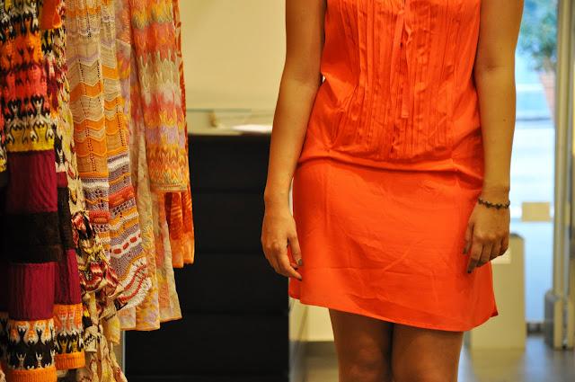 Sandals, abito Tangerine Tango, fashion blogger, abbigliamento estivo