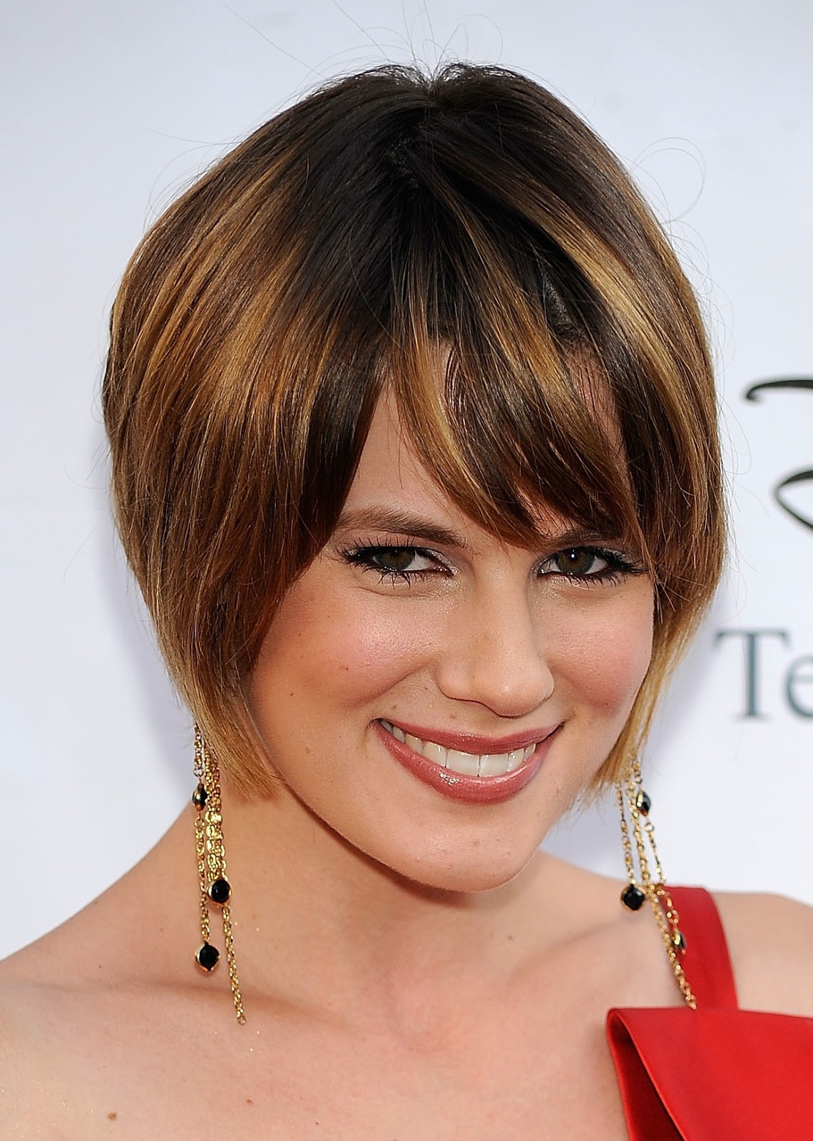 Short Hairstyles for Thick Hair Square Face