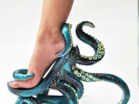 Sepatu Paling Unik dan Aneh di Dunia