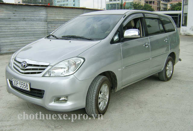 Cho thuê xe Toyota Innova đi ngoại tỉnh công tác